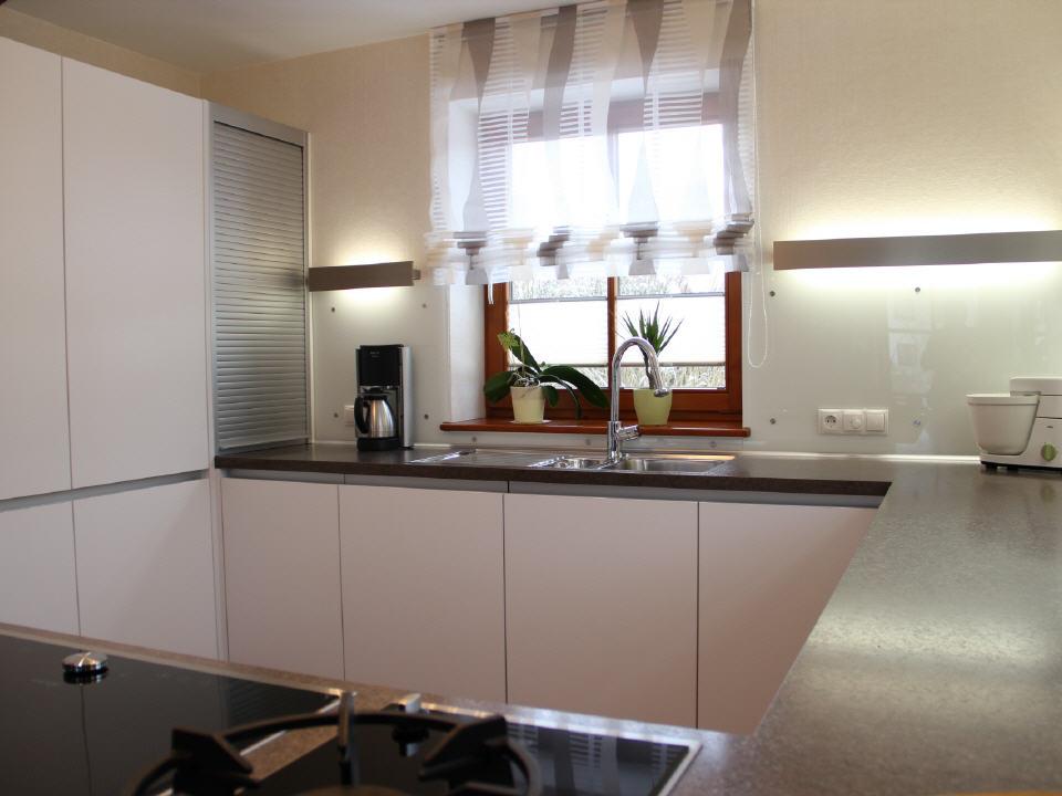 Rolladenschrank küche  Küchen